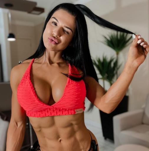 Eva Andressa Cute